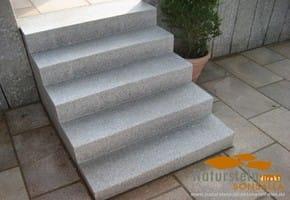 granit blockstufen naturstein direkt mannheim. Black Bedroom Furniture Sets. Home Design Ideas