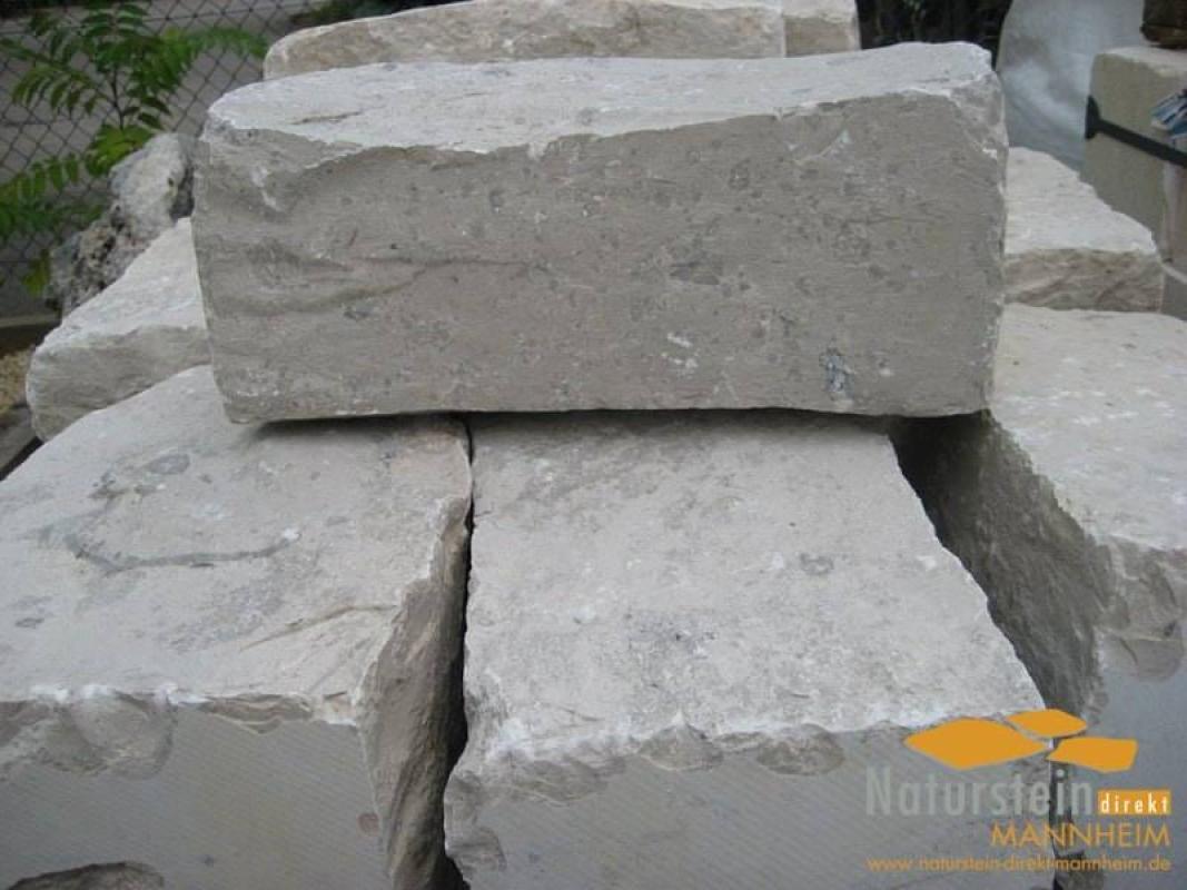 Kalkstein mauersteine wei jura hellbeige creme 20 25 x for Gartengestaltung 1000 m2